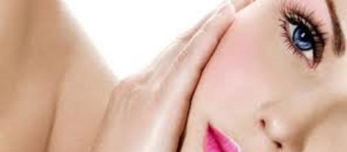 El cuidado del rostro con productos hipoalergénicos la mejor opcion