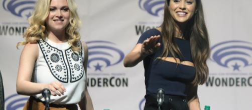 Eliza Taylor and Lindsey Morgan -- Gage Skidmore/Flickr