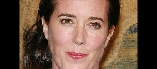 Kate Spade, famous fashion designer, died at 55 by an apparent suicide. - [Image: AL.com / YouTube screenshot]