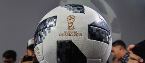 La pelota del partido inaugural del Mundial viajará al espacio ... - ellitoral.com
