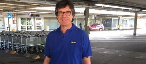 Da deputato a commesso alla Metro, la storia di Michele Mognato