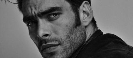 Jon Kortajarena se molesta con Telecinco por cambios repentinos de horarios en 'La verdad'