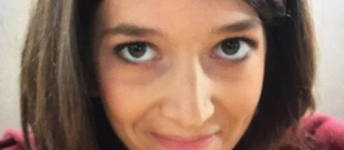 Oltre la morte: Francesca muore a 24 anni, il papà finisce la tesi e ne fa un libro