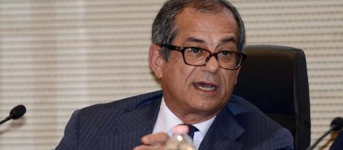 Si possono finanziare investimenti in deficit, lo dice il ministro Tria