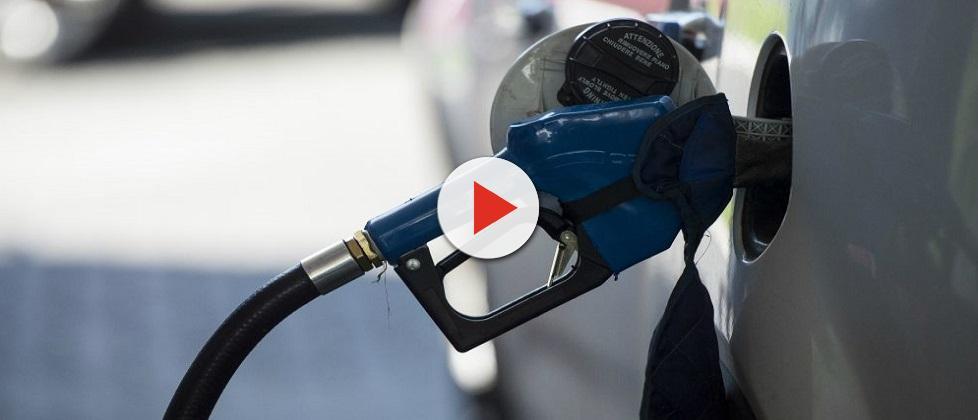 Ministro admite que desconto de R$ 0,46 no diesel não será imediato