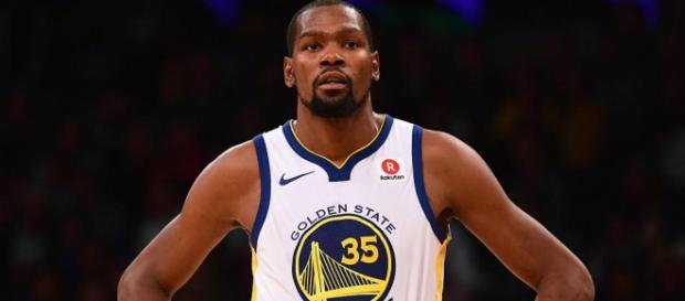 Kevin Durant franchit les 20 000 points en NBA - francetvinfo.fr