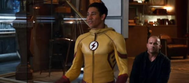 Legends Of Tomorrow: Kid Flash Saves The Atom and Gets The Souvenir [Image Credit: WebHead/YouTube screencap]