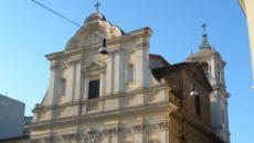 Roma, buste sospette nel confessionale: a sorpresa contengono 36mila euro