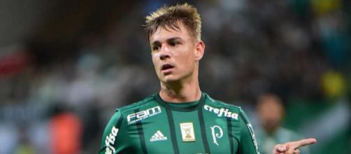 Róger Guedes não deve voltar ao Palmeiras após empréstimo ao Atlético
