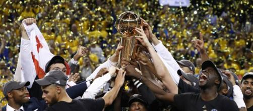 ANTENA 3 TV | Los Warriors ganan el anillo de la NBA ante ... - antena3.com