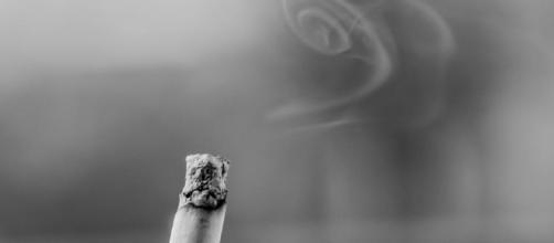 Fumo, abiti dei tabagisti sono molto insidiosi.