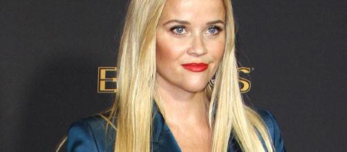 Reese Witherspoon se encuentra negociando para protagonizar legalmente rubia 3