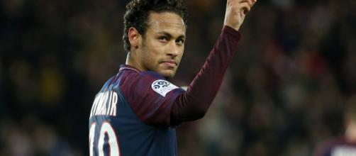 Real Madrid le ofrece mucho dinero a Neymar.