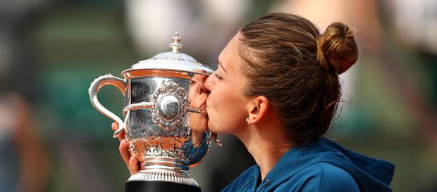 Halep ganó su primer Grand Slam tras tres finales perdidas.