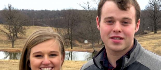 Joe and Kendra Duggar welcomed their first child - social network