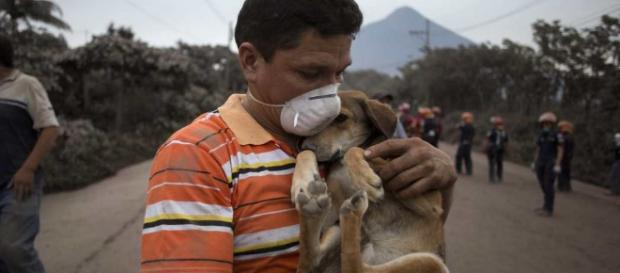 Sismo de magnitud 5.2 sacude Guatemala tras erupción del Volcán de ... - oaxaca.me