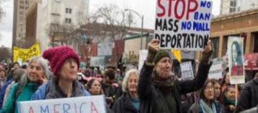 EE.UU / Trump exhorta a la deportación inmediata de quien este ilegalmente