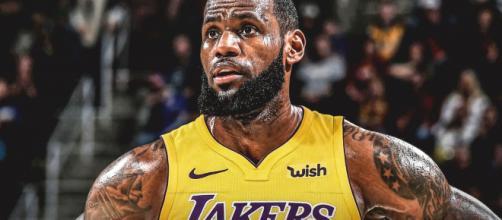 LeBron James cambia a Cleveland por los Lakers con un contrato de 4 años y 154 millones