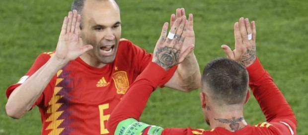 España juega contra Rusia en unos emocionantes octavos de final