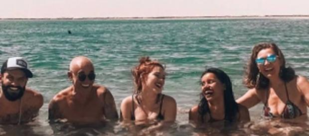 Ex-BBBs tiram férias juntos em São Luís