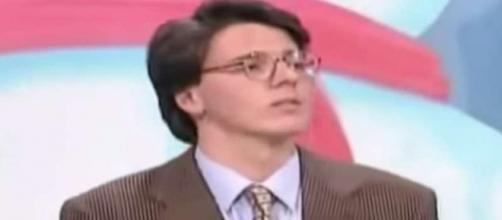 Dopo essere stato concorrente della Ruota della fortuna, Matteo Renzi potrebbe tornare in tv nel ruolo di conduttore