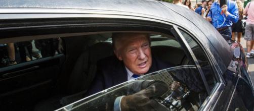 EE.UU. / El exchófer de Trump le demanda por no haber pagado 3.300 horas extras