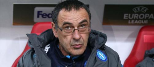 Maurizio Sarri devait partir vers Chelsea dès le début du mercato, mais un prix de 20 millions d'euros est exigé par Naples.