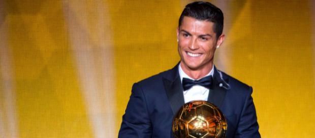 Cristiano Ronaldo, terzo sportivo più pagato del mondo secondo la rivista Forbes