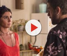 Luzia conta a verdadeira história para Ícaro e espera que o filho acredite nela.