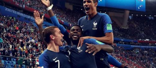 Après France - Belgique (1-0) - Les notes des Bleus : Varane ... - eurosport.fr