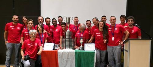 Il team al completo durante la premiazione all'American Solar Challenge