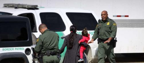 EE.UU. / Los niños que fueron separados de sus padres enfrentan juicios de inmigración