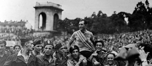 Gino Bartali, 104 anni dalla nascita di una la leggenda