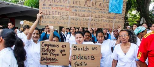 VENEZUELA / Médicos se suman al paro indefinido de enfermeros