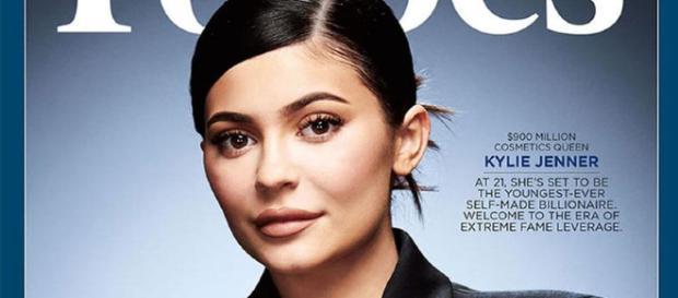 Forbes, Kylie Jenner meglio di Mark Zuckerberg - gossipblog.it