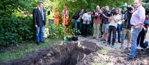 Hinweise auf NS-Massengrab: Ausgrabungen auf Spielplatz in ... - ln-online.de