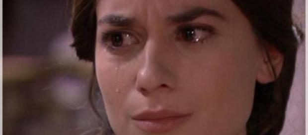 Una Vita: Teresa drogata da Cayetana e Fernando.