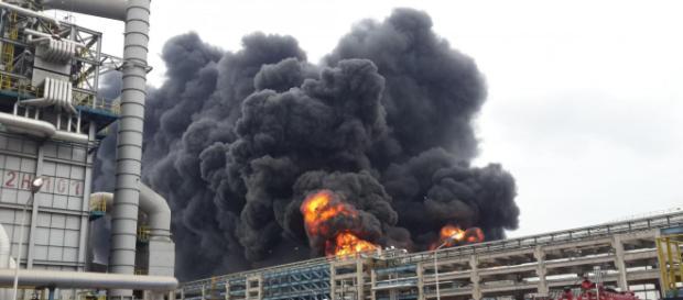 Esplosione di un impianto chimico nel Sichuan, in Cina.