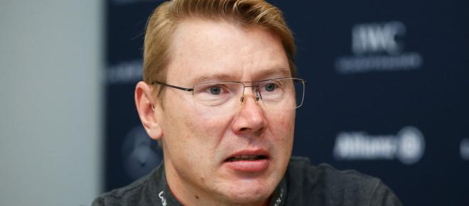F1, contatto Raikkonen-Hamilton, Hakkinen difende il ferrarista: 'gli incidenti capitano'