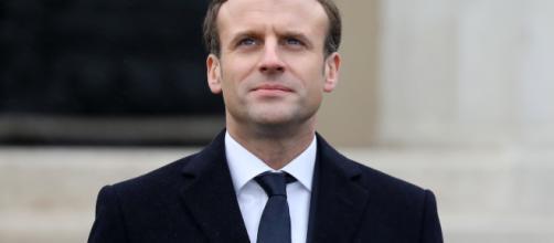 Macron impulsa la reforma en pro del cambio