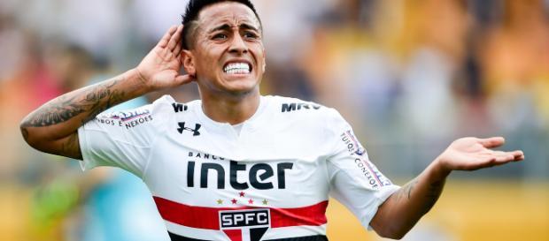 Cueva se despede do São Paulo e vai jogar na Rússia