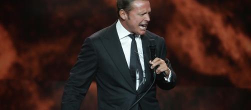 En su concierto en Marbella, Luis Miguel no interpretó ninguna canción española