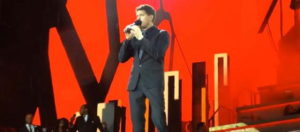 Canadian singer Michael Buble returned to the UK stage on Friday and even brought out his son Noah. [Image davesgigs7/YouTube]