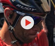 Anche Vincenzo NIbali è caduto nella tappa del pavè del Tour de France