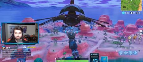 'Fortnite' gamer SypherPK is about to land on Paradise Palms. [Image source: SypherPK/YouTube]