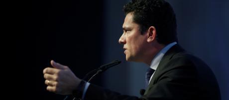 Sérgio Moro é comunicado sobre novas investigações contra José Dirceu