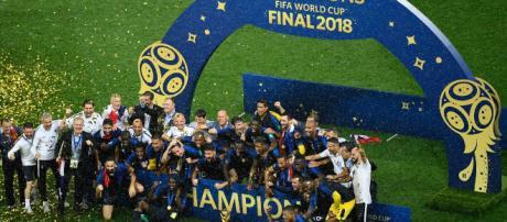 Sports | Les Bleus champions du monde : plus de 19 millions de téléspectateurs