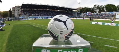 Addio a Bari e Cesena, si salva l'Avellino