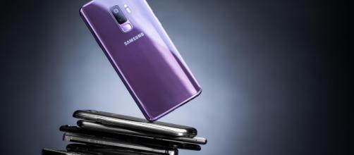 Los Samsung Galaxy A y S10 tendrán lector de huellas en la pantalla en 2019 (Rumores)