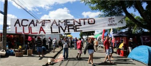 """Em campanha """"Lula Livre"""" faixa dizia: 'Não tem arrego' (Foto: Joka Madruga/Agência PT)"""